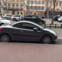 3900 € Peugeot 207 CC essence clim cuir bt mp3